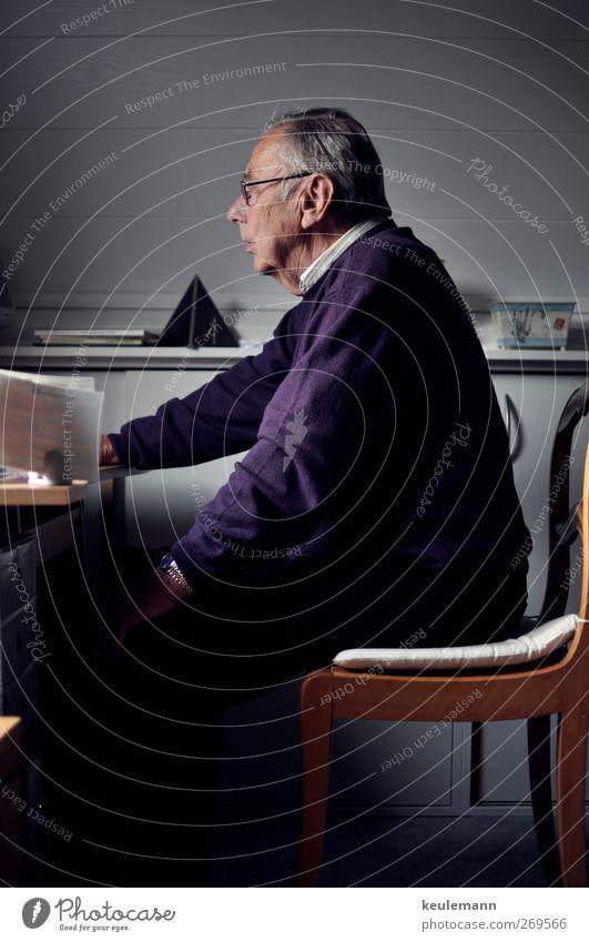 Opa Mensch Mann Gesicht Auge sprechen Senior Haare & Frisuren Kopf Körper Arbeit & Erwerbstätigkeit Rücken Arme Mund maskulin Haut Nase
