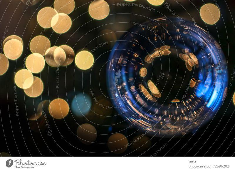 lichter II Weihnachten & Advent Glas leuchten rund Gelassenheit ruhig Schweben Blase Leichtigkeit Reflexion & Spiegelung blau gold gelb Kugel Farbfoto