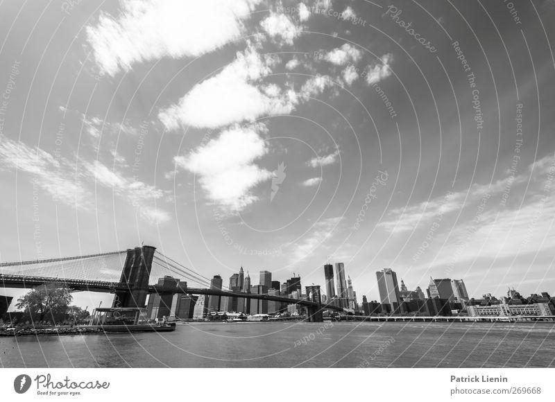 Everybody is a tourist Ferien & Urlaub & Reisen Stadt Stimmung Zufriedenheit Verkehr Hochhaus Brücke Unendlichkeit fantastisch Skyline Gesellschaft (Soziologie) atmen Personenverkehr Vorfreude New York City Manhattan