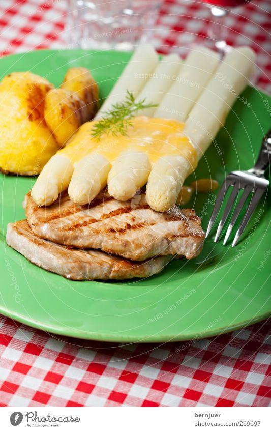 Viererbande weiß grün rot Lebensmittel Frühling Speise Streifen gut Kochen & Garen & Backen Gemüse Geschirr Bioprodukte kariert Fleisch Besteck Gabel