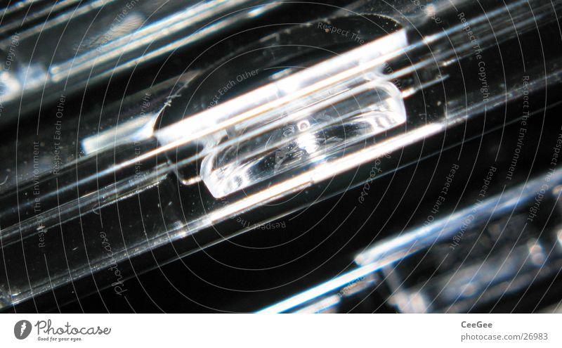 CD Hüllen Licht Reflexion & Spiegelung durchsichtig Industrie Compact Disc Statue Schatten hell Nahaufnahme Makroaufnahme Detailaufnahme Linie