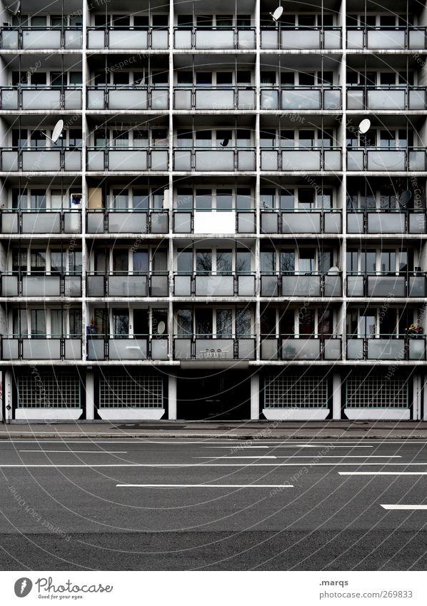 Anonym Häusliches Leben Freiburg im Breisgau Deutschland Gebäude Architektur Fassade Balkon Fenster Straße außergewöhnlich bedrohlich dreckig dunkel groß