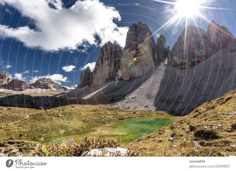 # 785 Drei Zinnen Dolomiten Sextener Dolomiten Weltkulturerbe Hochebene Farbfoto wandern Fußweg Gipfel Bergsteigen Alpen Berge u. Gebirge Schönes Wetter Wiese