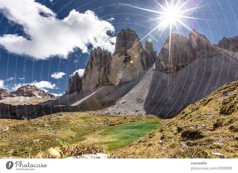# 784 Drei Zinnen Dolomiten Sextener Dolomiten Weltkulturerbe Hochebene Farbfoto wandern Fußweg Gipfel Bergsteigen Alpen Berge u. Gebirge Schönes Wetter Wiese