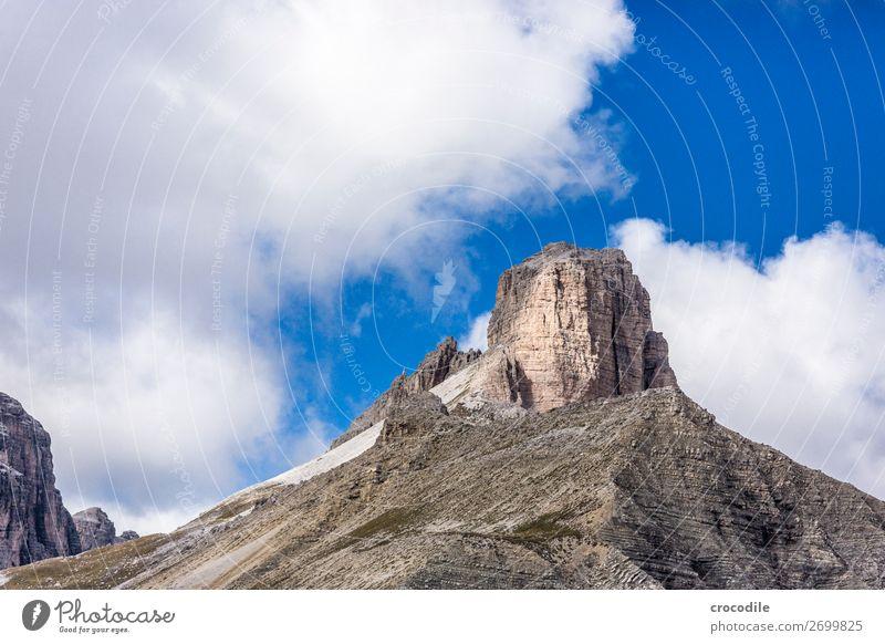 Dolomiten Drei Zinnen Sextener Dolomiten Weltkulturerbe Hochebene Farbfoto wandern Fußweg Gipfel Bergsteigen Alpen Berge u. Gebirge Schönes Wetter Wiese Sommer