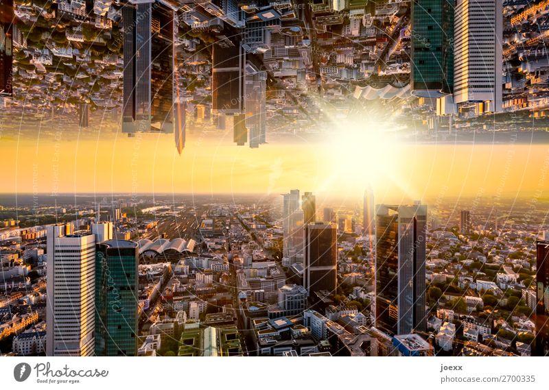 Ende Stadt schwarz Business orange oben Horizont Hochhaus hoch Skyline Stadtzentrum Bankgebäude chaotisch bizarr Endzeitstimmung