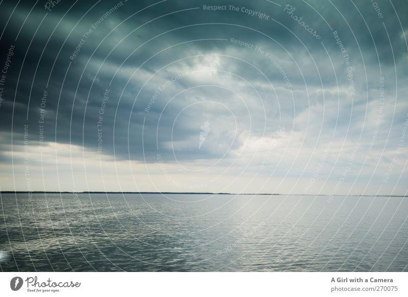 Hiddensee l die Überfahrt Umwelt Natur Landschaft Urelemente Wasser Himmel Wolken Gewitterwolken Frühling Klima Klimawandel Wetter schlechtes Wetter Unwetter