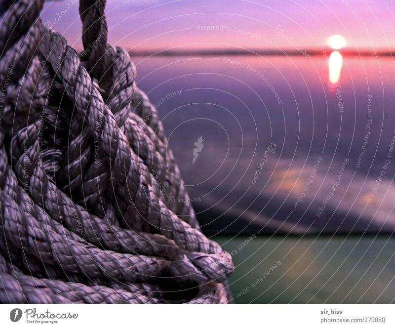 Hiddensee | Eine warme Abendbrise Himmel blau Wasser grün Ferien & Urlaub & Reisen rot Küste träumen Wasserfahrzeug Stimmung Seil violett Ostsee Fähre Knoten Seemann