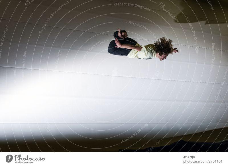 Freestyle Stil Sport Fitness Sport-Training Sportler Sportstätten Mensch maskulin Junger Mann Jugendliche 1 18-30 Jahre Erwachsene springen außergewöhnlich