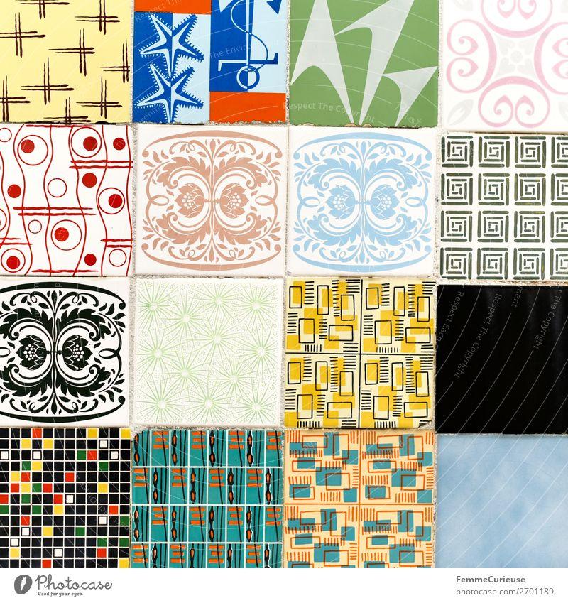 Colored wall tiles in Portugal Haus mehrfarbig Fliesen u. Kacheln grün gelb Lissabon Muster musisch Strukturen & Formen Geometrie Farbfoto Außenaufnahme Tag