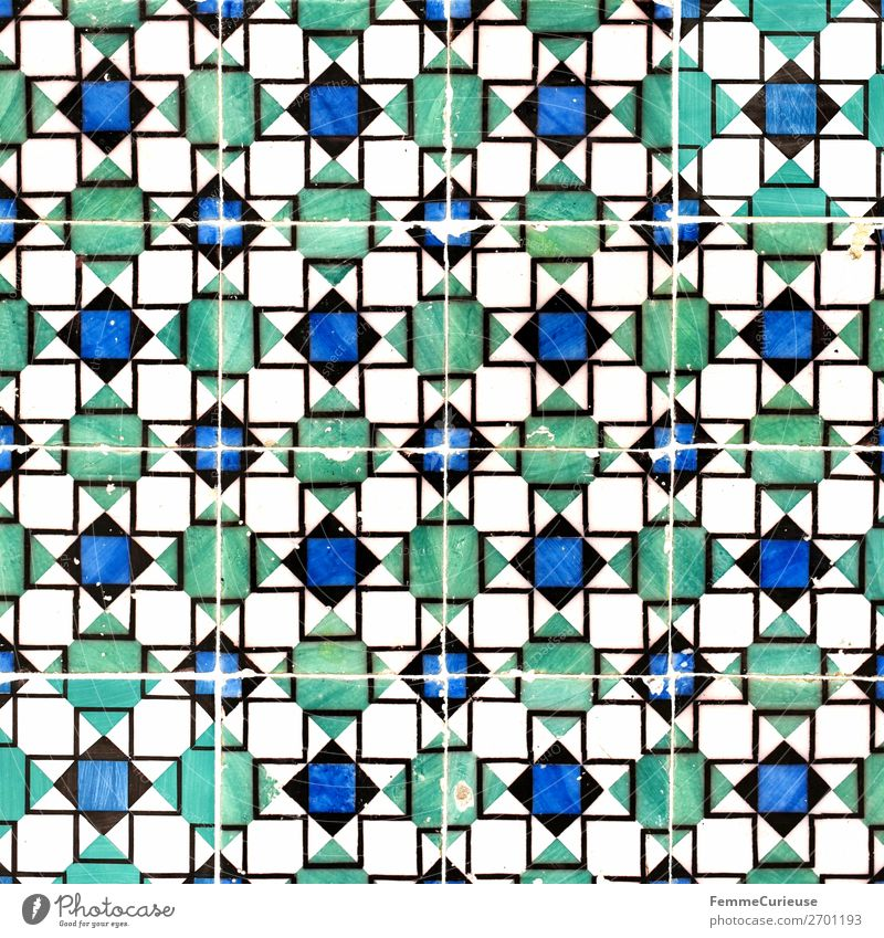 Colored wall tiles in Portugal Haus blau grün weiß Fliesen u. Kacheln Lissabon Quadrat Strukturen & Formen Geometrie Farbfoto Außenaufnahme Tag