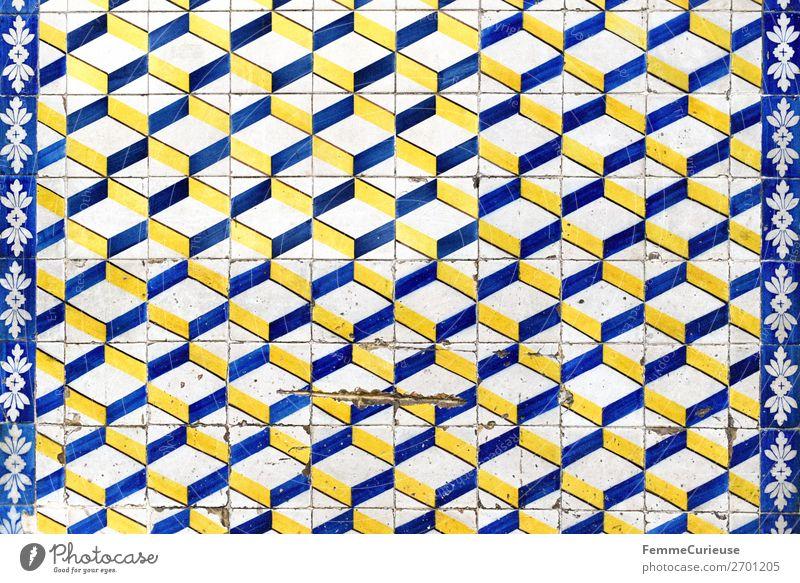 Coloured tiles in Portugal Stadt Tradition Fliesen u. Kacheln Design Muster Geometrie Quadrat weiß blau gelb Fassade Lissabon Farbfoto Außenaufnahme Tag
