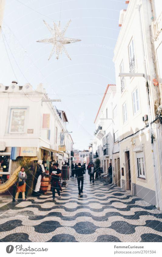 City center of Cascais, Portugal Hafenstadt Ferien & Urlaub & Reisen Stadtzentrum Pflastersteine Muster Dezember Weihnachtsstern Dekoration & Verzierung