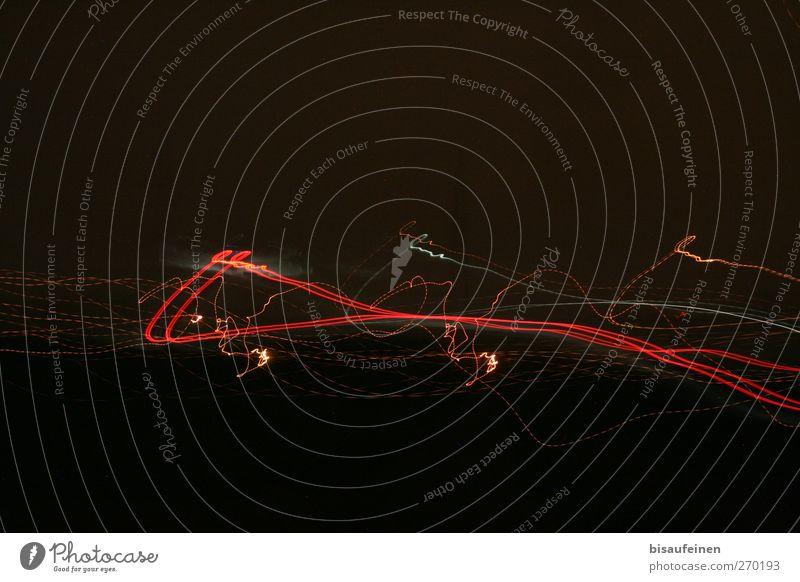 Schnittmuster Technik & Technologie Verkehr Verkehrsmittel Zeichen Ornament schön gelb gold rot schwarz Lichtspiel Langzeitbelichtung Linie Rücklicht