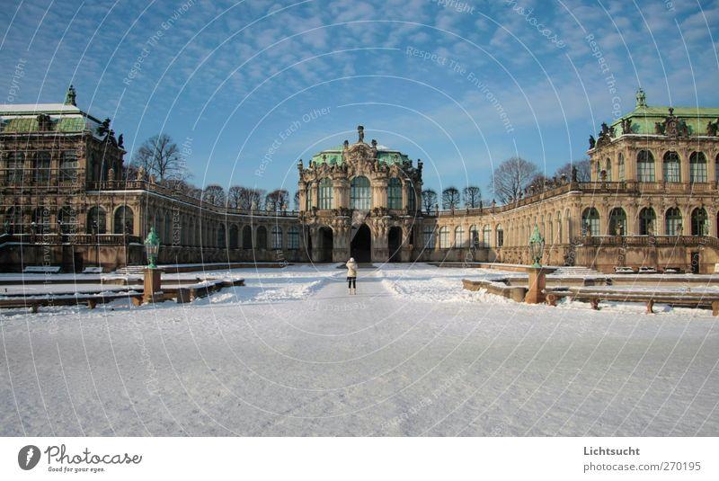 Zwinger Dresden Himmel schön Winter ruhig Schnee Architektur Deutschland Europa Romantik Schönes Wetter Bauwerk historisch Wahrzeichen Stadtzentrum