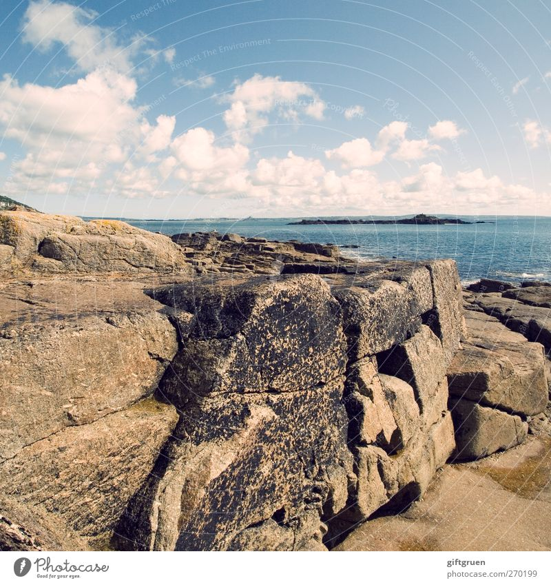 and i'll pretend that this is real Umwelt Natur Landschaft Urelemente Wasser Himmel Wolken Horizont Sommer Schönes Wetter Felsen Küste Bucht Meer Insel hell