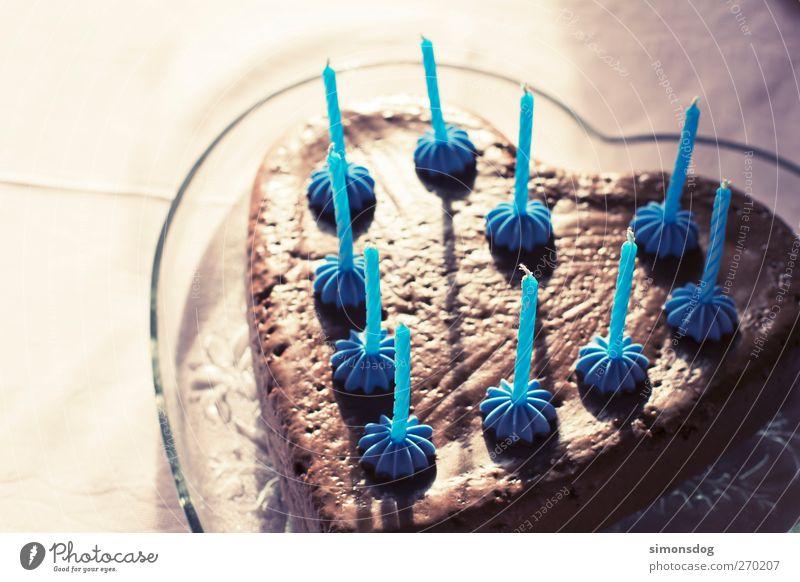 danke! Liebe Ernährung Feste & Feiern Herz Geburtstag Geschenk süß Kerze Kuchen lecker blasen Schokolade Festessen Schalen & Schüsseln schenken Geburtstagstorte
