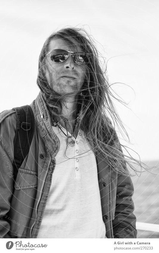 Hiddensee l hier sind eindeutig zu viele Fotografen Mensch Mann Jugendliche schön Meer Erwachsene Leben Haare & Frisuren Wind außergewöhnlich warten wild maskulin Junger Mann Coolness einzigartig