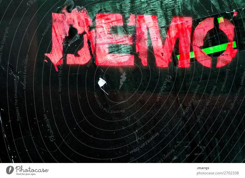DEMO grün rot schwarz Graffiti Wand Mauer Schriftzeichen Kommunizieren trashig Politik & Staat rebellisch Demonstration