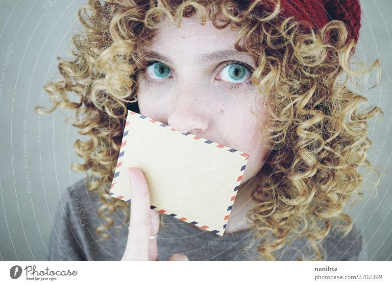 Frau Mensch Jugendliche Junge Frau schön 18-30 Jahre Gesicht Erwachsene sprechen natürlich lustig feminin Stil Mode Stimmung frisch