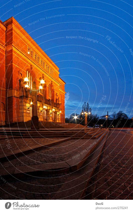 Kieler Opernhaus bei Nacht Lifestyle Reichtum elegant Stil Freude ruhig Ferien & Urlaub & Reisen Tourismus Sightseeing Städtereise Kunst Architektur Theater