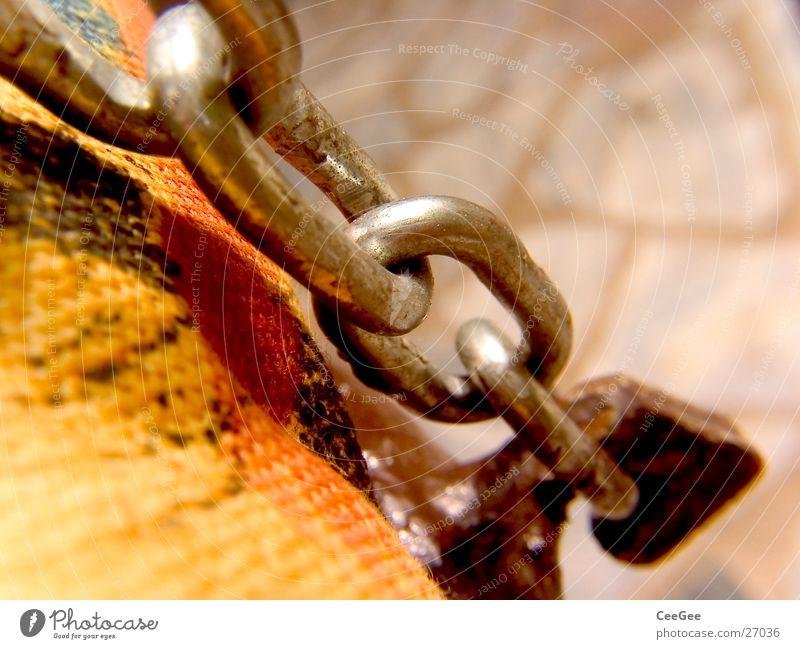 Kettenglieder Farbe gelb Wärme Metall Industrie festhalten Stoff Physik Kette Gliedmaßen Haken Mensch Kettenglied