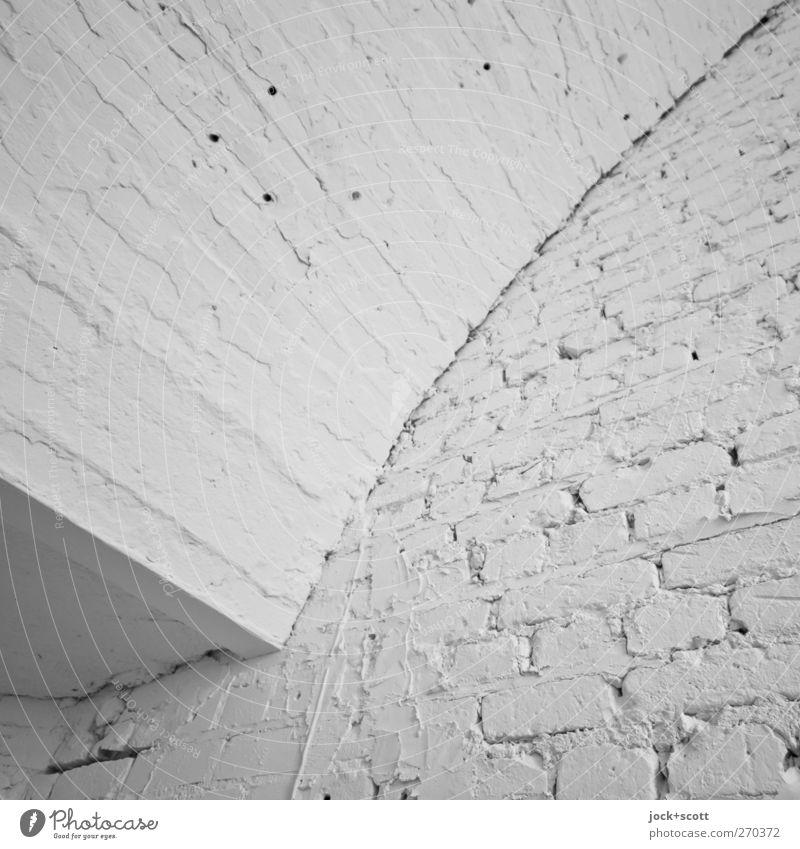 weiß nix weiße Wand Architektur eckig einfach retro Ordnungsliebe Reinlichkeit Backstein Oberflächenstruktur Bogen Fuge diagonal repariert Freiraum