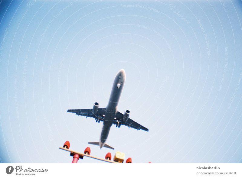 17. März 2013!!!! Ferien & Urlaub & Reisen Berlin Angst fliegen modern Flugzeug Luftverkehr Zukunft Güterverkehr & Logistik Flugzeugstart Flughafen