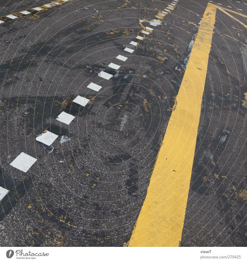 flucht + linien alt Farbe gelb Straße Wege & Pfade Stein Linie Beginn Beton Verkehr modern authentisch ästhetisch Streifen einzigartig Schnur