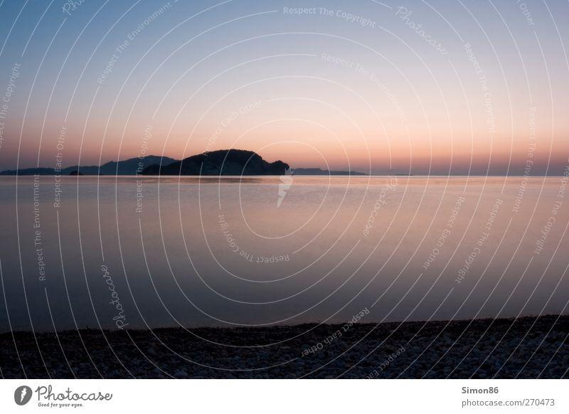 Horizont Umwelt Natur Landschaft Wasser Himmel Wolkenloser Himmel Sonnenaufgang Sonnenuntergang Sommer Schönes Wetter Küste Bucht Meer ästhetisch gigantisch