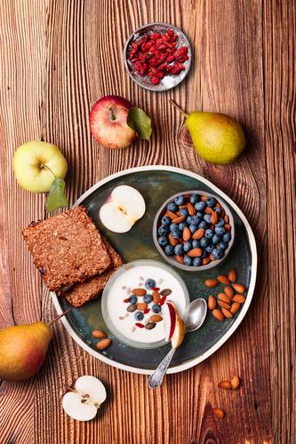 Gesunde Ernährung Lebensmittel Essen Lifestyle Holz natürlich Frucht oben frisch Aussicht Tisch genießen lecker Dessert Frühstück