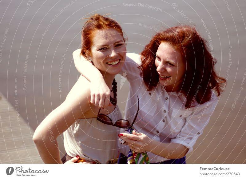 Freundschaft. Stil schön Freizeit & Hobby Ausflug Ferne Kreuzfahrt Sommer Sommerurlaub Sonne Strand Meer Insel feminin Junge Frau Jugendliche Erwachsene 2