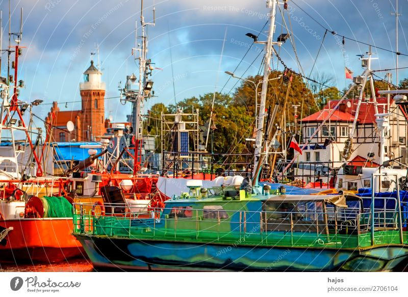 Haafen von Stolpmünde, Polen Ferien & Urlaub & Reisen Tourismus Abenteuer Ferne Jachthafen exotisch blau mehrfarbig grün Ustka Hafen Fischereihafen Fischkut
