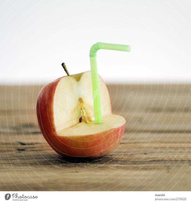 juicy Lebensmittel Frucht Apfel Ernährung Getränk trinken Erfrischungsgetränk Limonade Saft grün rot Apfelsaft Halm lecker geschmackvoll saftig Apfelschale