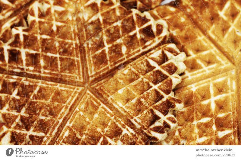 sweet waffle Freude gelb Wärme Glück Garten braun orange Zufriedenheit Ernährung genießen Herz süß weich Küche lecker heiß