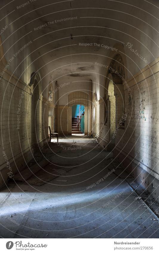 AST5 | Gefallene Seelen... Innenarchitektur Stuhl Ruine Bauwerk Gebäude Architektur Mauer Wand Treppe Tür Wege & Pfade alt dreckig dunkel gruselig kalt kaputt