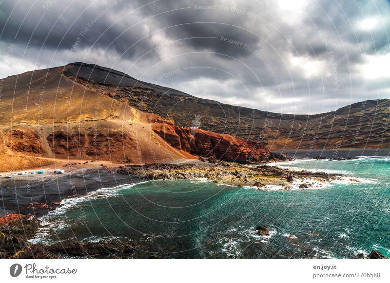 vulkanisch Ferien & Urlaub & Reisen Landschaft Meer Strand Küste Tourismus Felsen Ausflug wild Wellen Insel Abenteuer Energie Klima Spanien Klimawandel