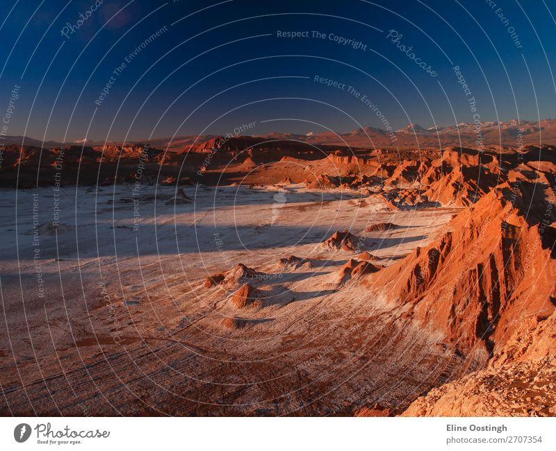 Valle de la Luna, Chile Natur Landschaft Erde Sonne Sonnenlicht Schönes Wetter Hügel Berge u. Gebirge Schlucht Wüste trocken Wärme blau mehrfarbig gelb gold