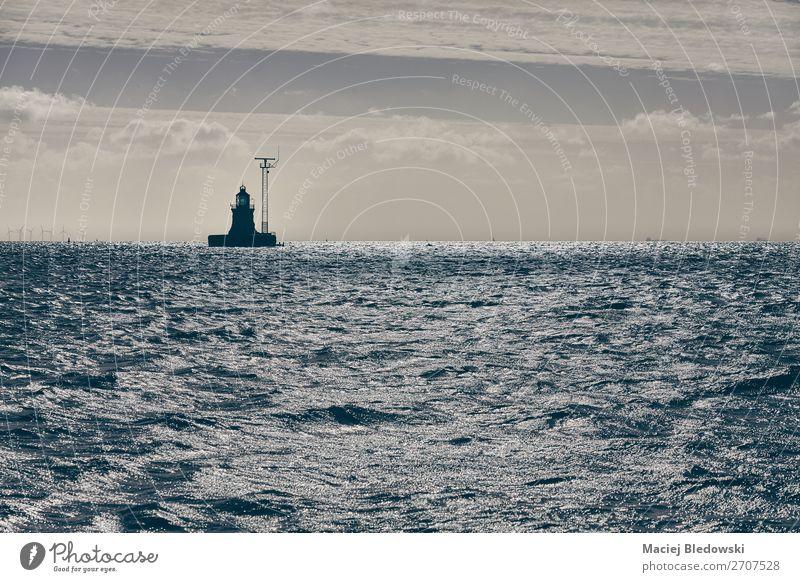 Himmel Ferien & Urlaub & Reisen Landschaft Meer ruhig Küste Horizont Wellen Abenteuer Sicherheit maritim Nostalgie Kreuzfahrt Wasserstraße nautisch