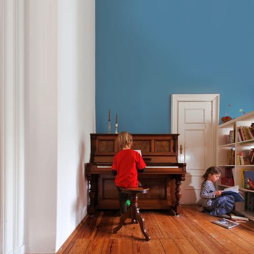let it be Kindererziehung Bildung lernen Mensch Mädchen Junge Geschwister Bruder Schwester Kindheit Leben 2 8-13 Jahre Kunst Kultur Jugendkultur Konzert Klavier