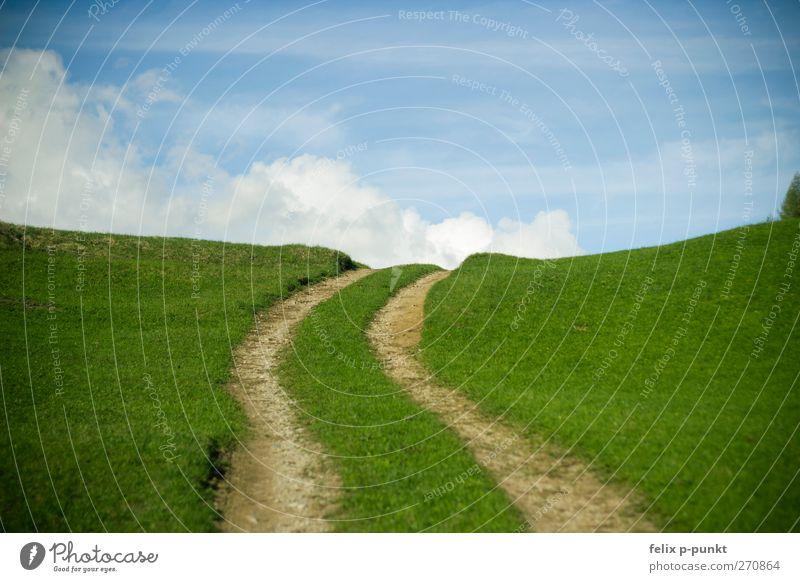 schönwetter Freude Gesundheit Wellness Wohlgefühl Zufriedenheit Erholung Sommer Sommerurlaub wandern Umwelt Erde Himmel Wolken Frühling Hügel Alpen Glück