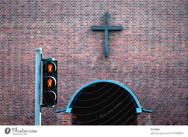 Ausgrenzung statt Hilfe rot Religion & Glaube Wand Mauer grau Kirche authentisch Hilfsbereitschaft Zeichen Schutz Macht Kreuz Backstein