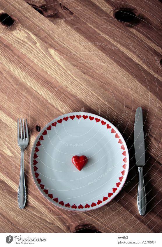 Nicht vom Brot allein Geschirr Teller Besteck Messer Gabel Stil Holz Stahl Zeichen Denken genießen warten einfach retro rund braun weiß Gastfreundschaft