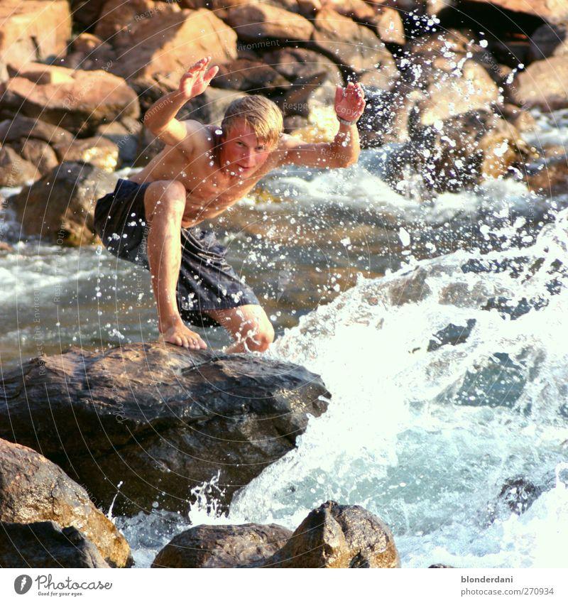 Poseidon Mensch Jugendliche Wasser Ferien & Urlaub & Reisen schön Erwachsene Schwimmen & Baden Wellen Felsen blond maskulin 18-30 Jahre Wassertropfen einzeln