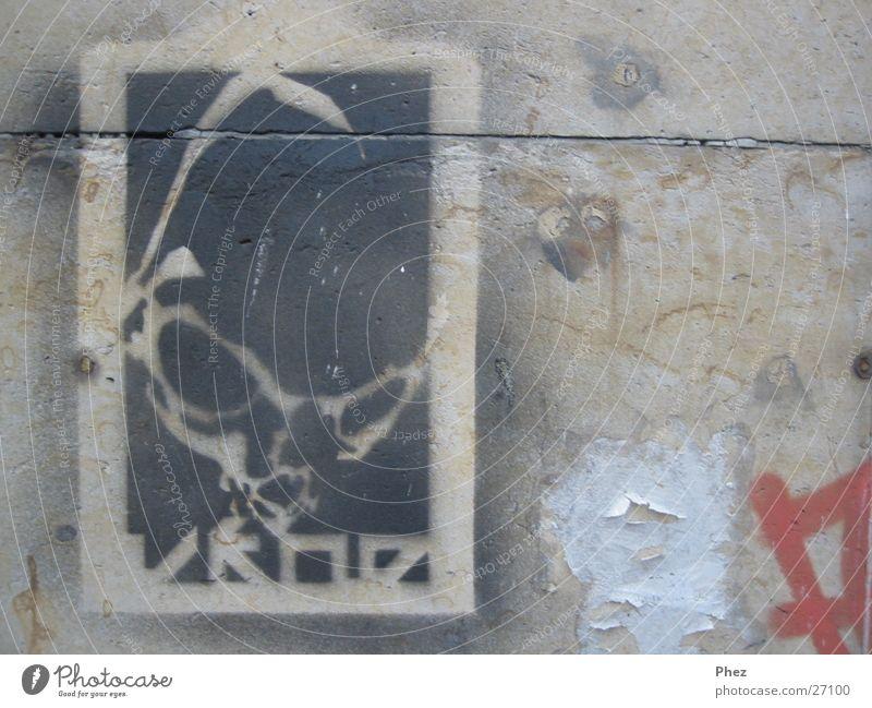 sprüh alien Wand Sandstein Poster Schablone dreckig Anarchie Fetzen Mauer Straßenkunst Fototechnik schäbig Graffiti Außerirdischer Kopf Farbe character kroe