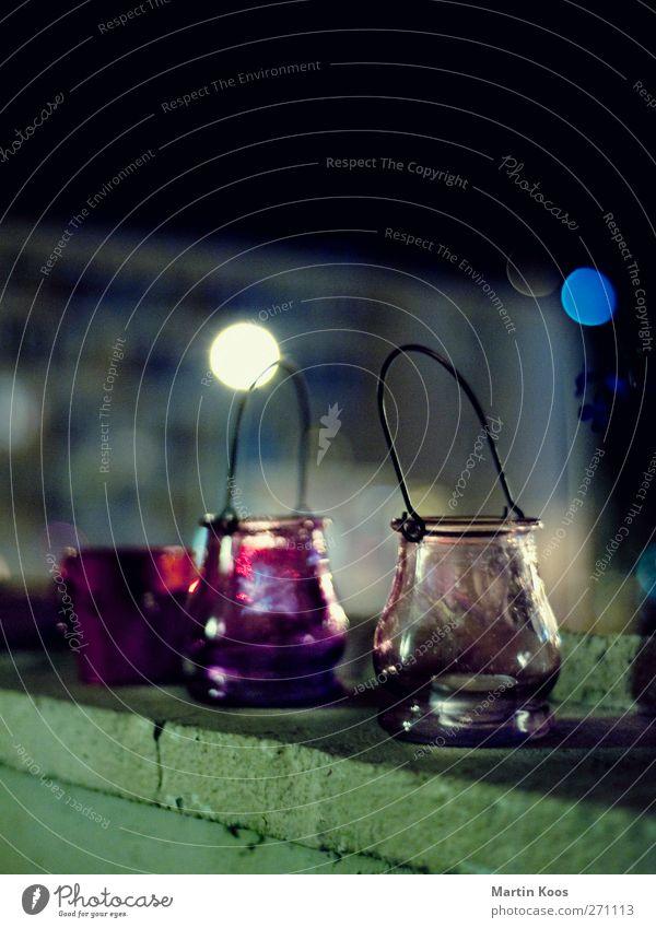 das sind zwei teelichtgläser Häusliches Leben Dekoration & Verzierung Nachtleben Balkon Balkondekoration dunkel gemütlich Stimmung Teelicht Teelichtständer Glas