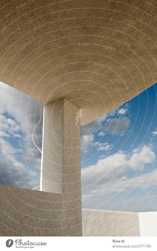 HimmelHoch Sommer Wolken Wand Mauer hell ästhetisch Perspektive Dach Schönes Wetter Stahlkabel Säule Terrasse