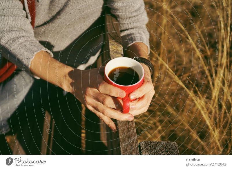 Natur Sommer rot Hand Erholung ruhig Freude schwarz Lifestyle Herbst natürlich Gesundheitswesen Stimmung Ernährung Schönes Wetter Kaffee
