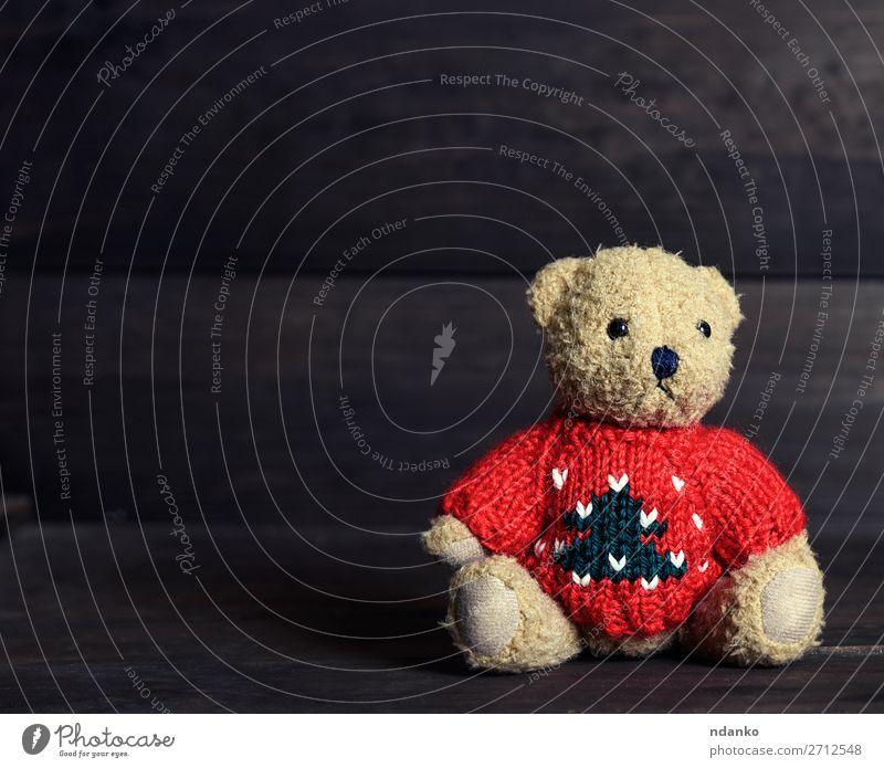 Kind rot Einsamkeit Freude Holz Liebe Traurigkeit klein Textfreiraum braun retro sitzen niedlich Idee weich Spielzeug