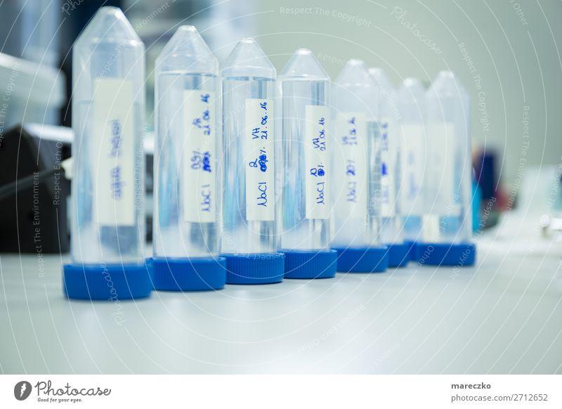 Laborproben Wissenschaften Tube Kunststoffverpackung Muster Zusammenhalt Medikament Flasche Sauberkeit Ordnung Laborröhrchen Innenaufnahme